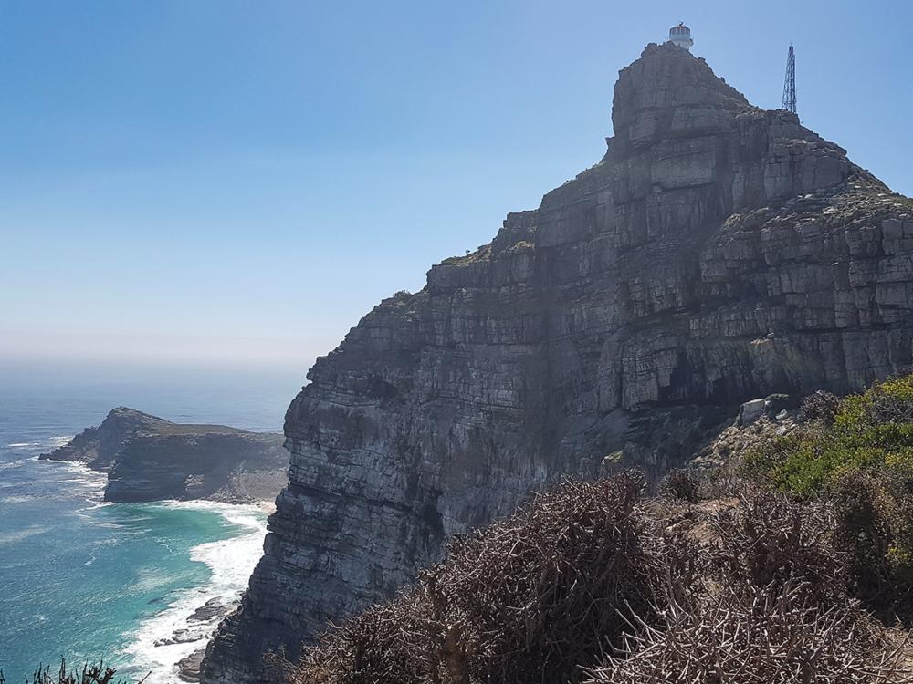 Blickrichtung Aussichtsplattform Cape Point und Cape of Good Hope