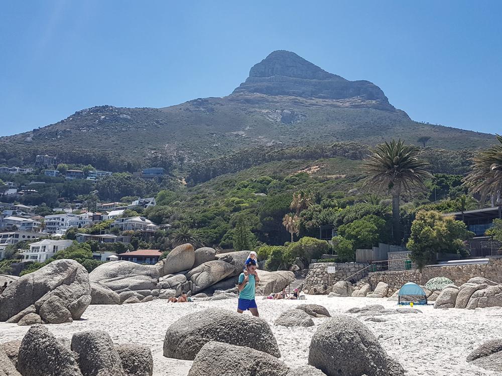 Clifton Beach mit Lions Head im Hintergrund